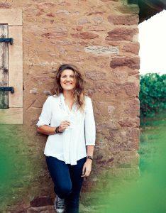 Halfes Sina Mertz muur wijnkelder
