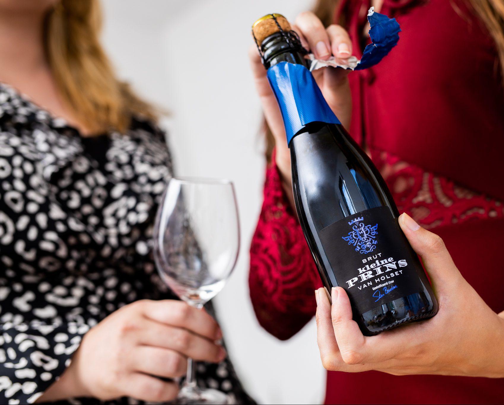 kleine prins van holset bubbels rood champagne nederlandse wijn