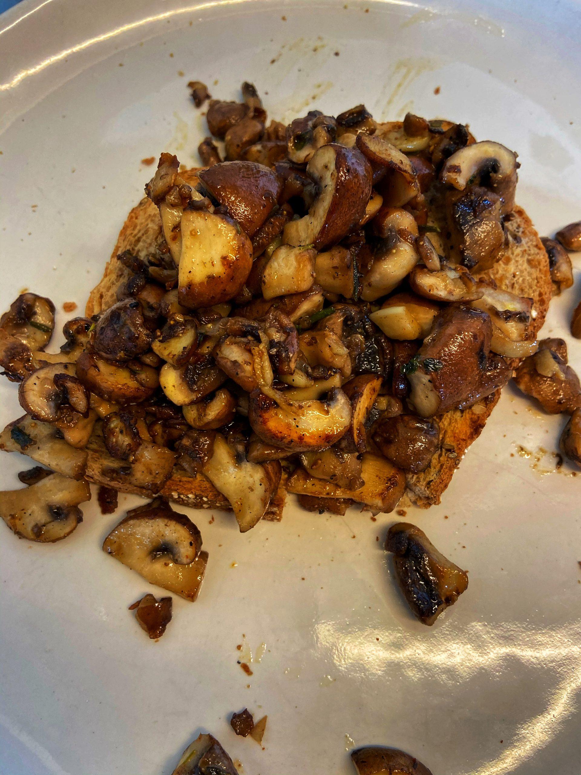 Toast champignon voorgerecht