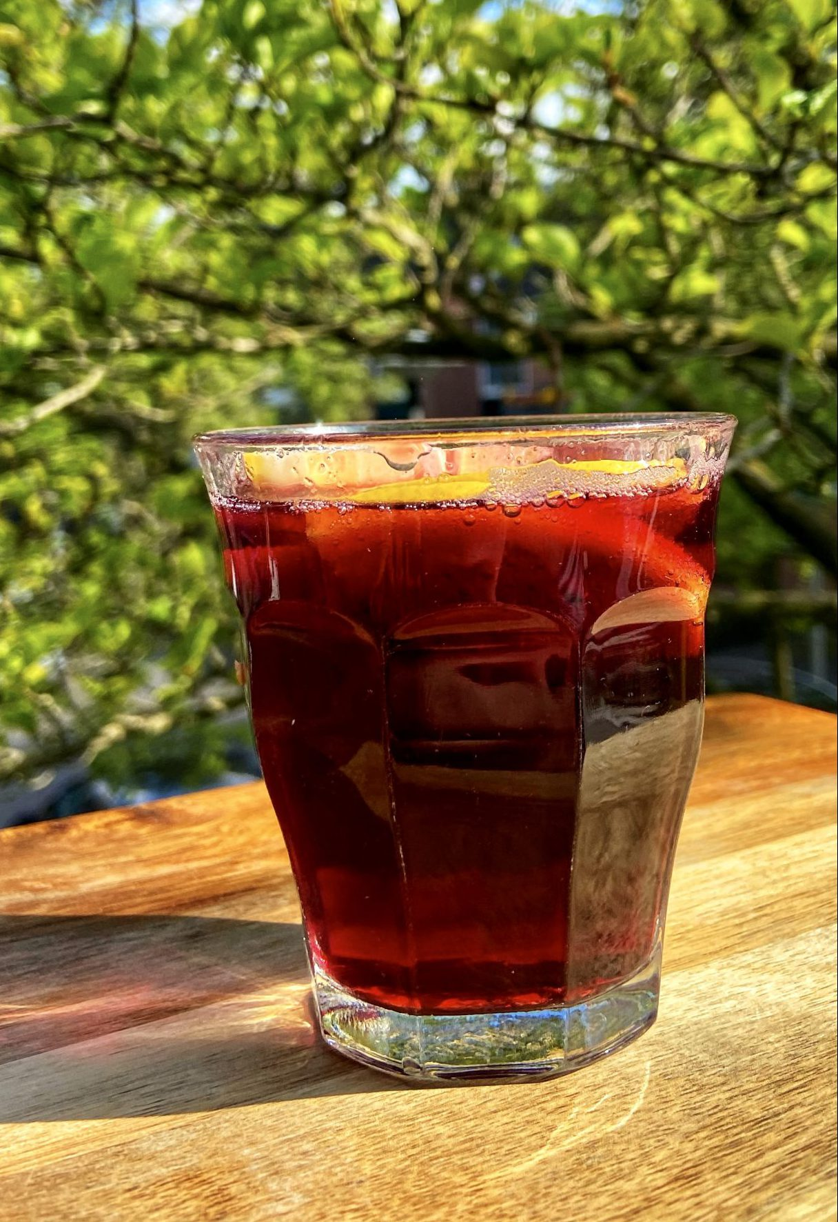 Wijncocktail tinto de verano sangria